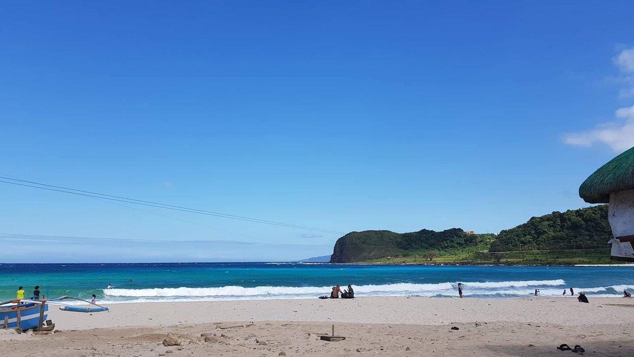 Prestine blue waters of Pagudpod