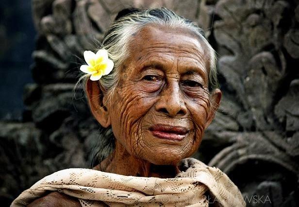 kebiasaan-unik-orang-Bali-1.jpg