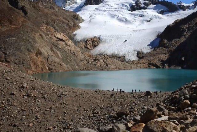03.-Lago-en-la-cima-El-Chalten-3.jpg