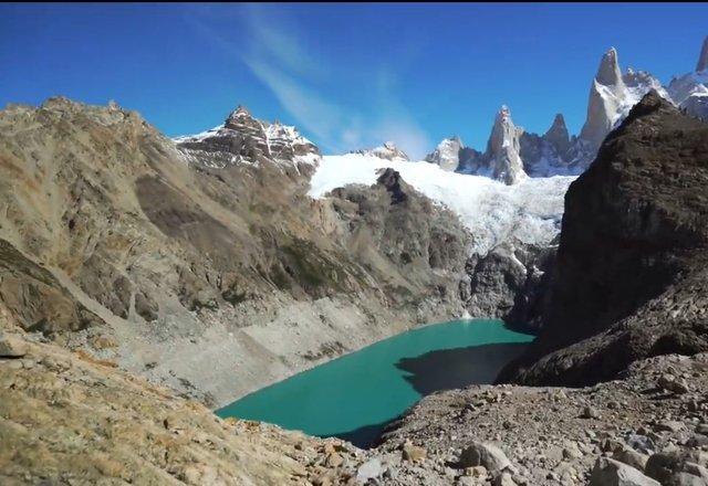 03.-Lago-en-la-cima-El-Chalten-6.jpg
