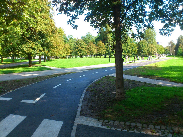 Bicycle routes with top notch tarmac