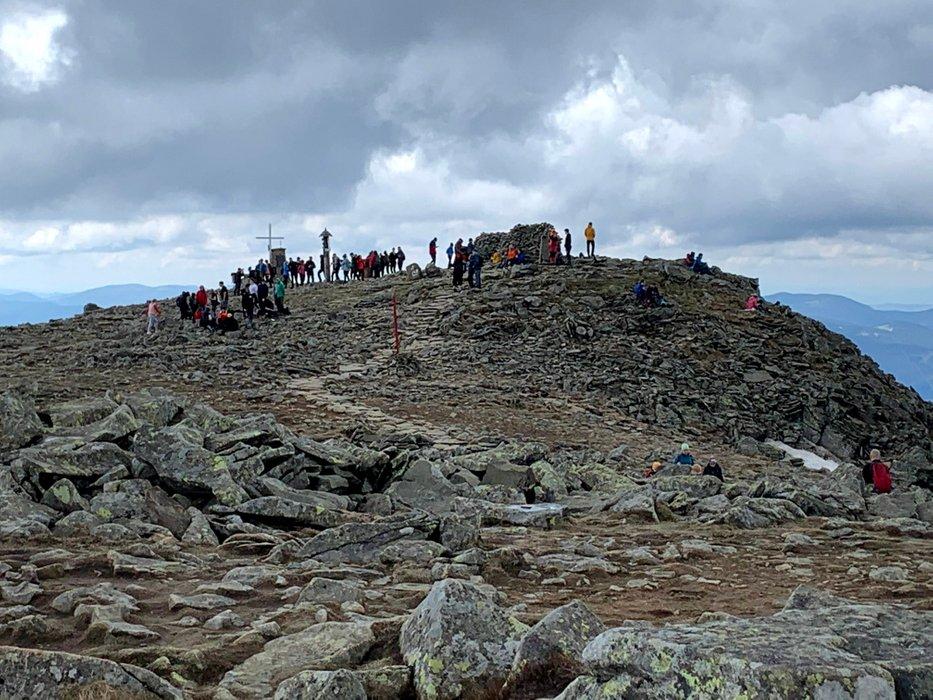 Babia Góra (Diablak) widziana ze szlaku prowadzącego z Krowiarek