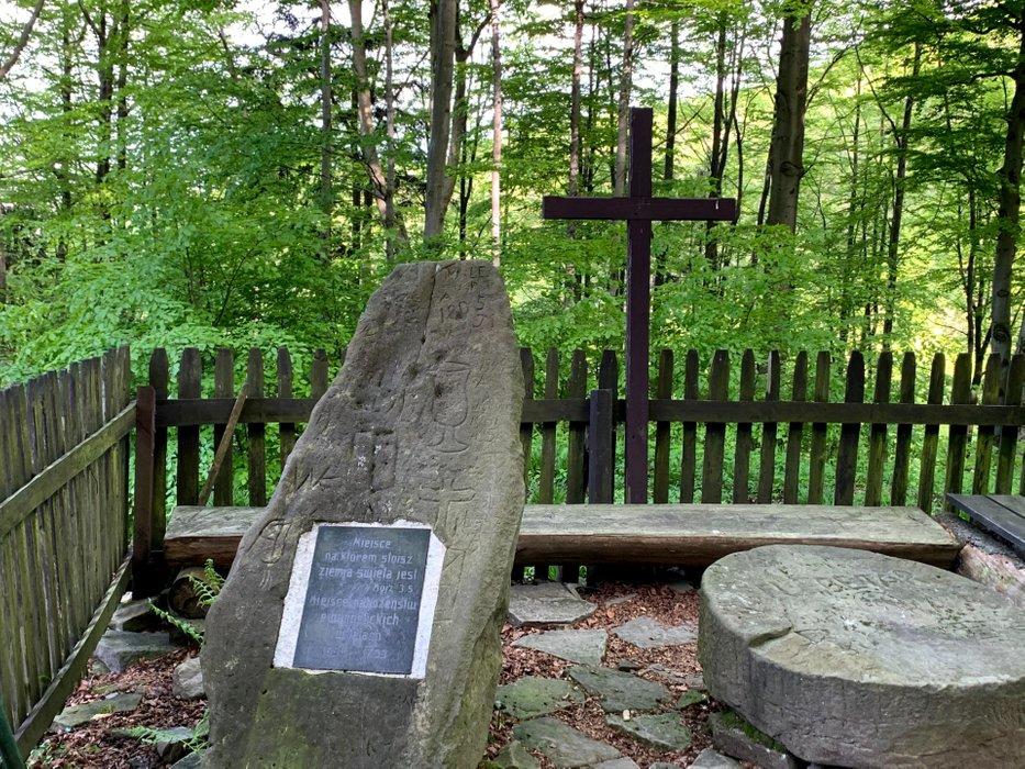 Pamiątka tajnych nabożeństw protestanckich w XVIIw