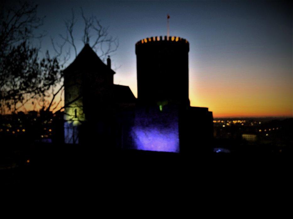 Zamek w Będzinie o zachodzie słońca