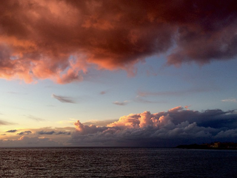 Clean air, amazing colors. Just another evening in La Gomera, Canary islands