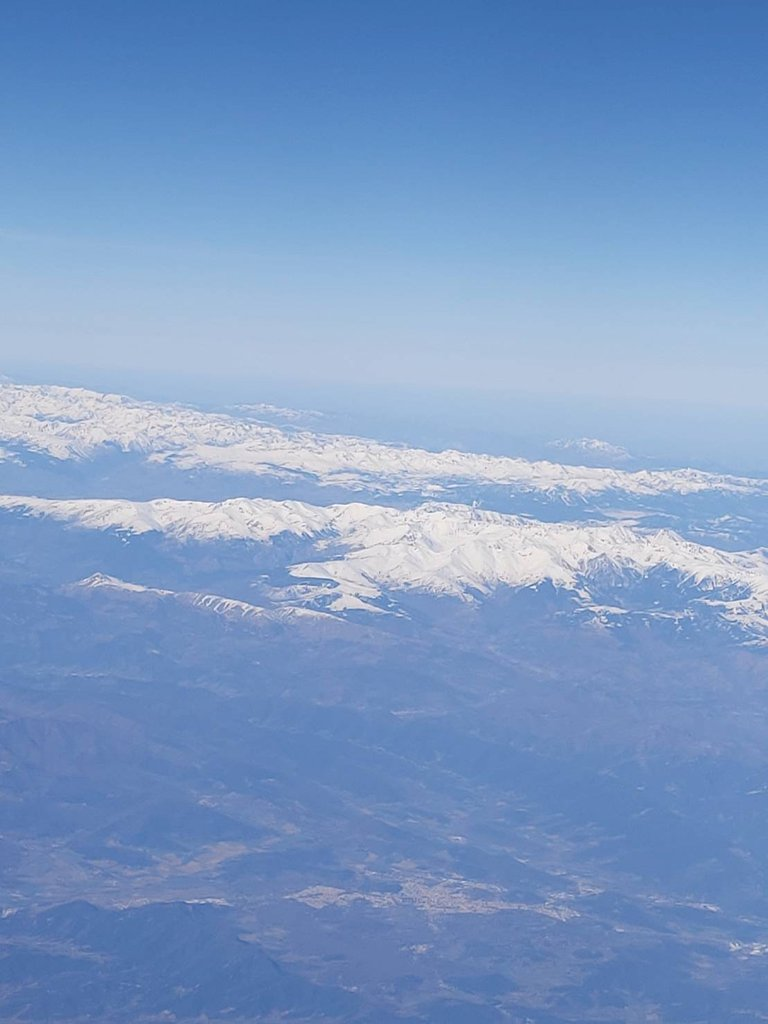beautiful view from the plane2.jpg