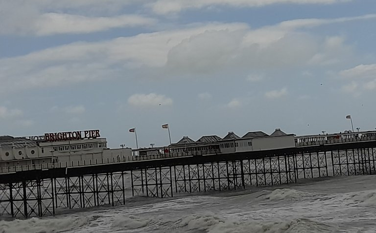 Brighton waves 3.jpg