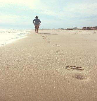 pasos playa.jpg