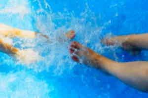 water spritzen m. Füsse 1.0.jpg