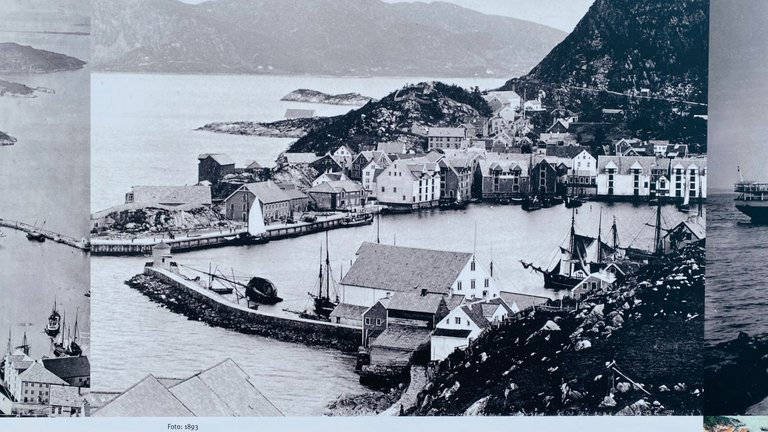Pictures of Ålesund before the fire