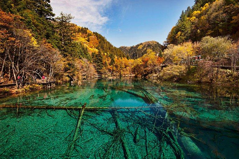 800px-1_jiuzhaigou_valley_wu_hua_hai_2011b.jpg