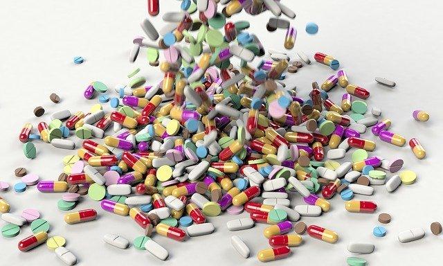 pills3673645_640.jpg
