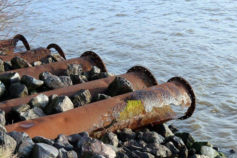 pipes573482_1920.jpg