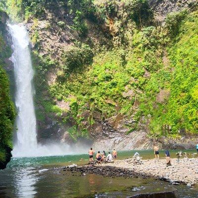Tappiya Waterfalls, Batad: A Dog Guide and a Mermaid Myth