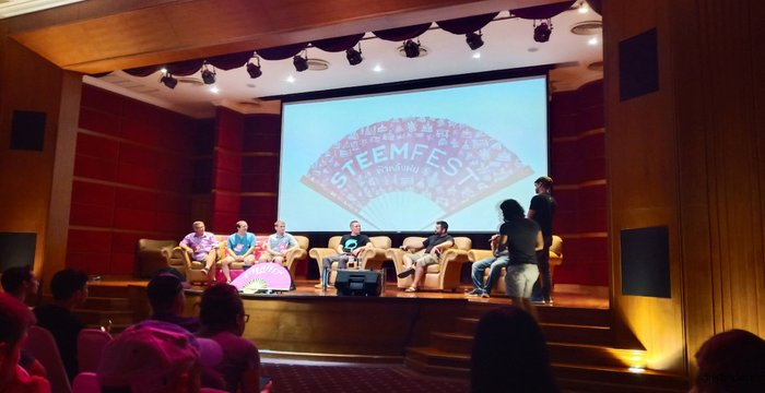 SteemFest 4 Diary | Day 2 to 3 Conference, Fun & Nosebleeding