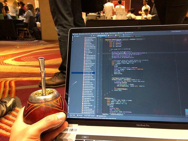 Working on Steemit Condenser at lunch break