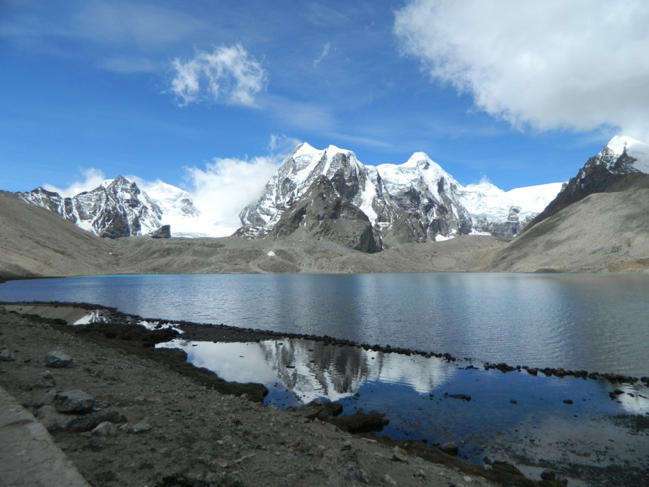 Gurudongmar lake travel photo 3