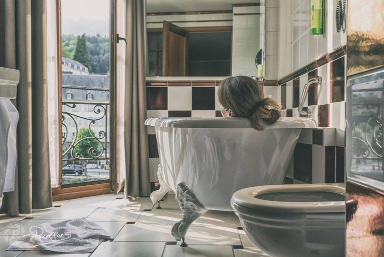 bouillon_bathroom_view_faded.jpg
