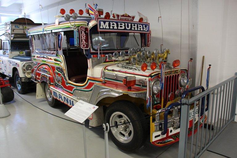 1988_Jeepney_47410757451.jpg