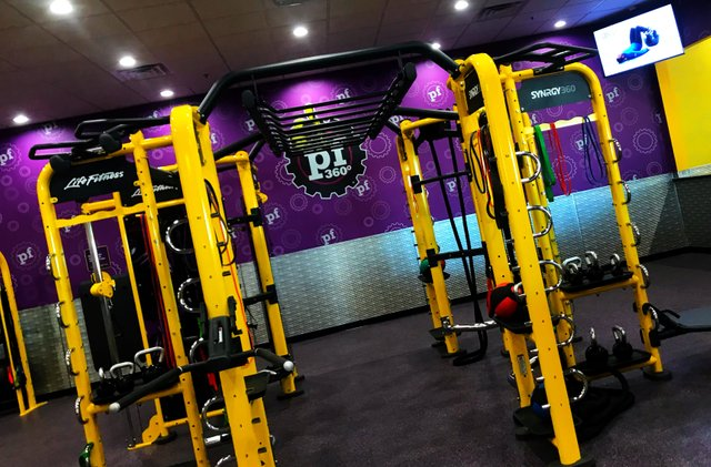 trx-workout-planet-fitness-charles-fuchs-stackin-steem-steemit-uptrennd-health-fitness-life-lifestyle.jpg