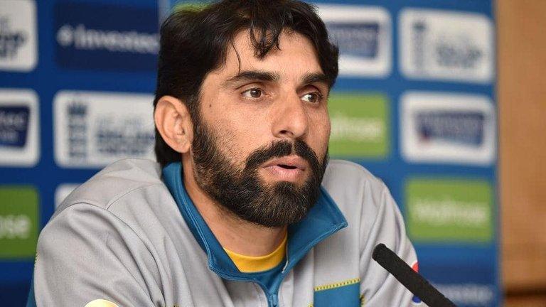 Mentor-Misbah-is-all-set-to-rock-the-Pakistan-Super-League-PSL-min.jpg