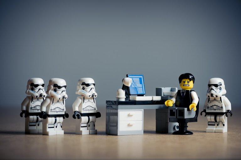 office-2539844_1280.jpg