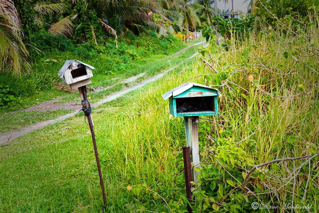 mailboxes huahine.jpg