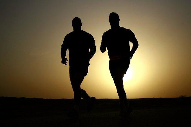 runners-635906_1280.jpg