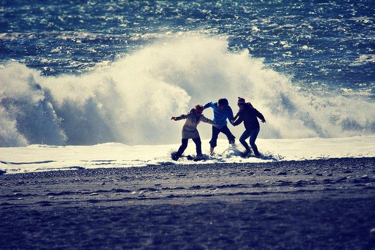 seaside-1264925_960_720l.jpg