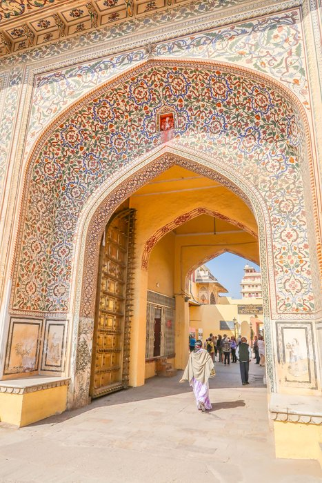 city palace jaipur1.jpg
