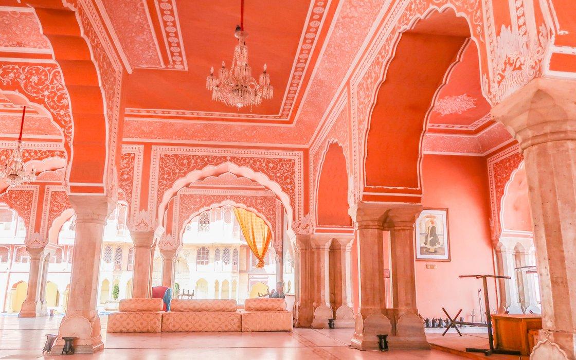 city palace jaipur8.jpg