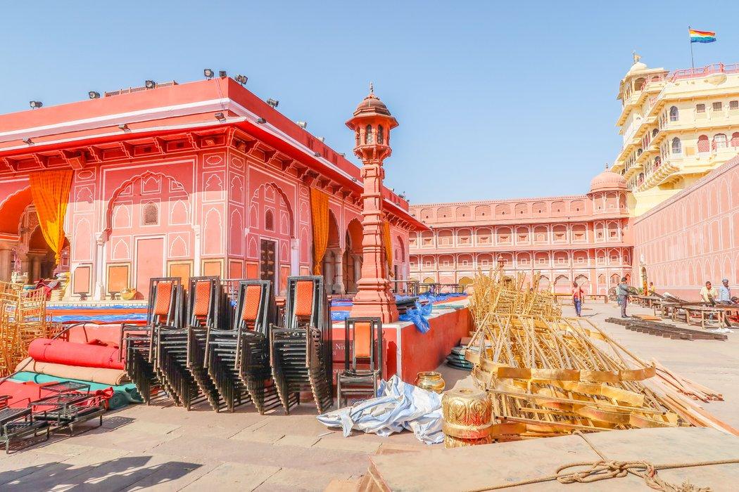 city palace jaipur2.jpg