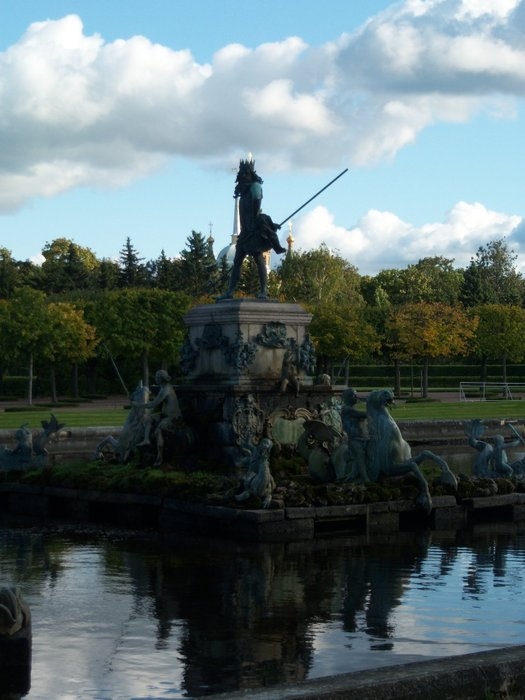 Monument to Neptune