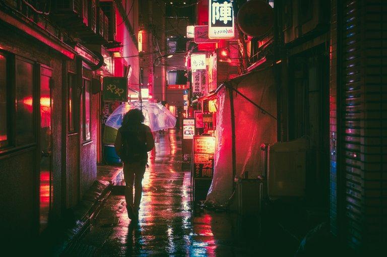 Walking in a rainy day.jpg
