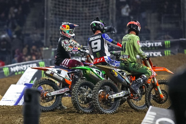 2020-San-Diego-Supercross-45-1.jpg