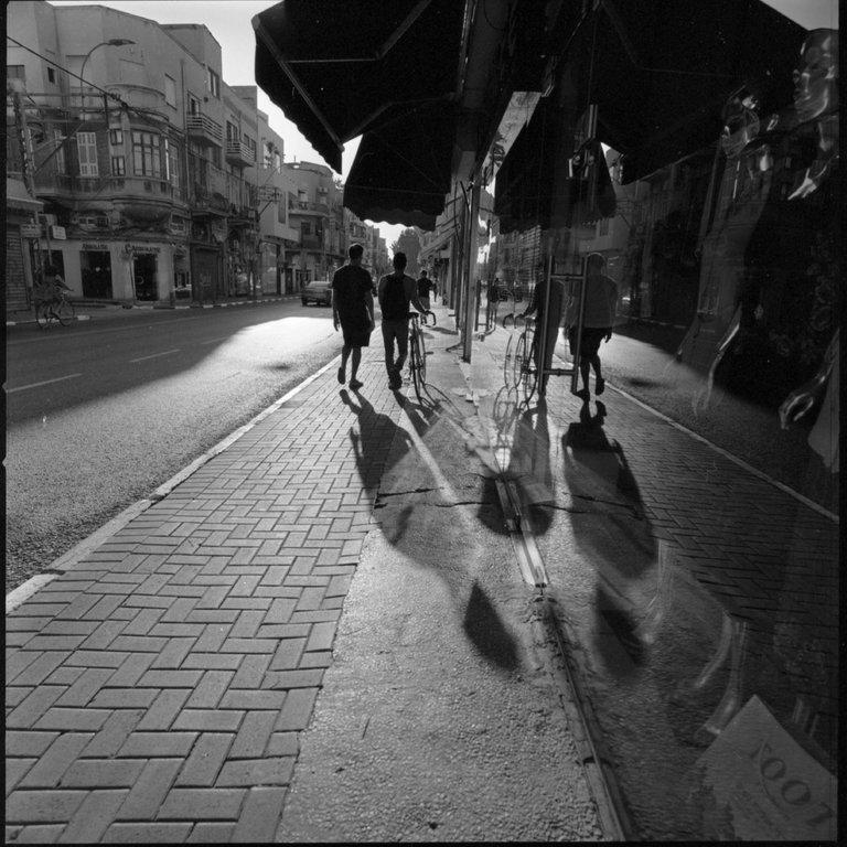 Kodak_400TX_Pushed-800_TelAviv_Victor_Bezrukov-6.JPG