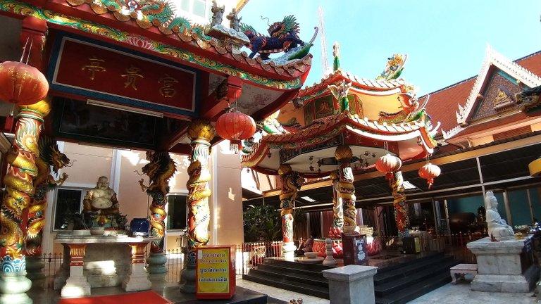 dusit_temples_bangkok_oct_2020_158.jpg