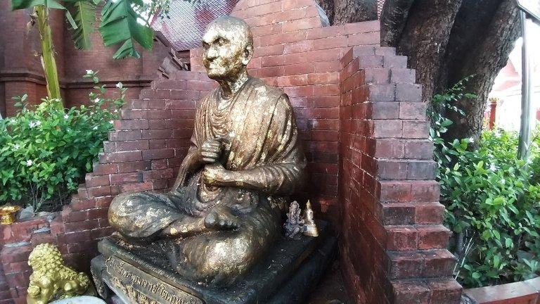 dusit_temples_bangkok_oct_2020_207.jpg