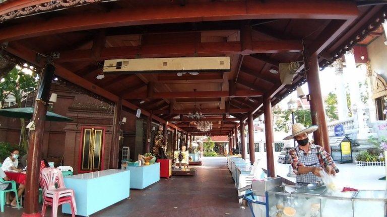 dusit_temples_bangkok_oct_2020_214.jpg