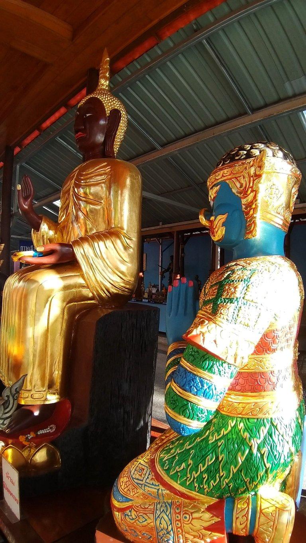 dusit_temples_bangkok_oct_2020_196.jpg