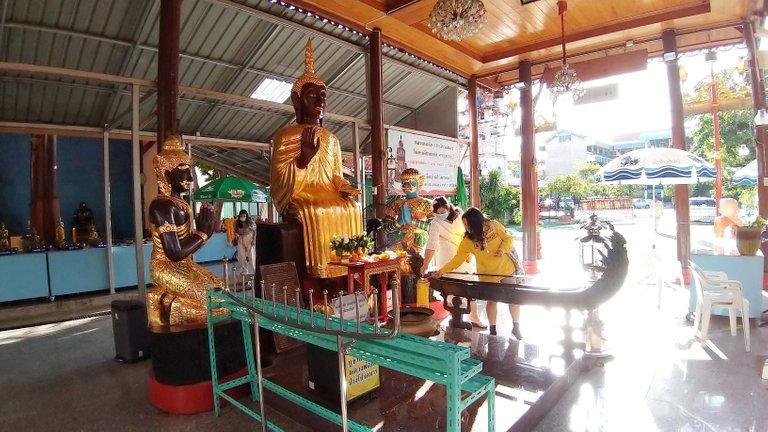 dusit_temples_bangkok_oct_2020_153.jpg