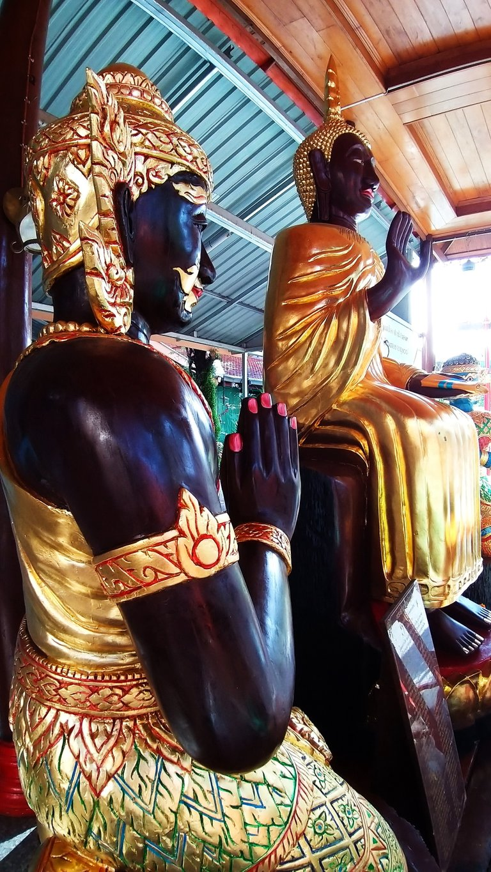 dusit_temples_bangkok_oct_2020_195.jpg