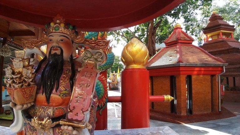 dusit_temples_bangkok_oct_2020_165.jpg