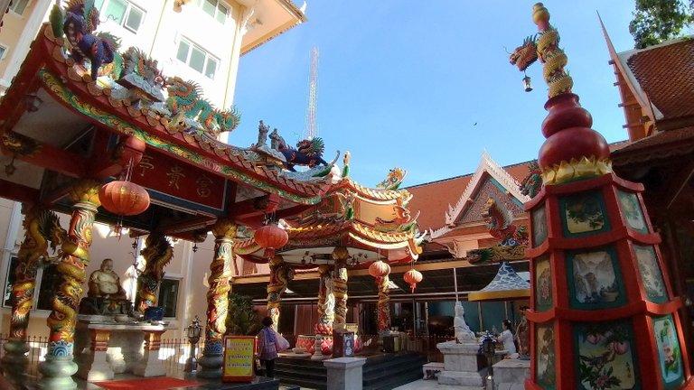 dusit_temples_bangkok_oct_2020_157.jpg