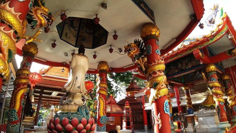 dusit_temples_bangkok_oct_2020_174.jpg