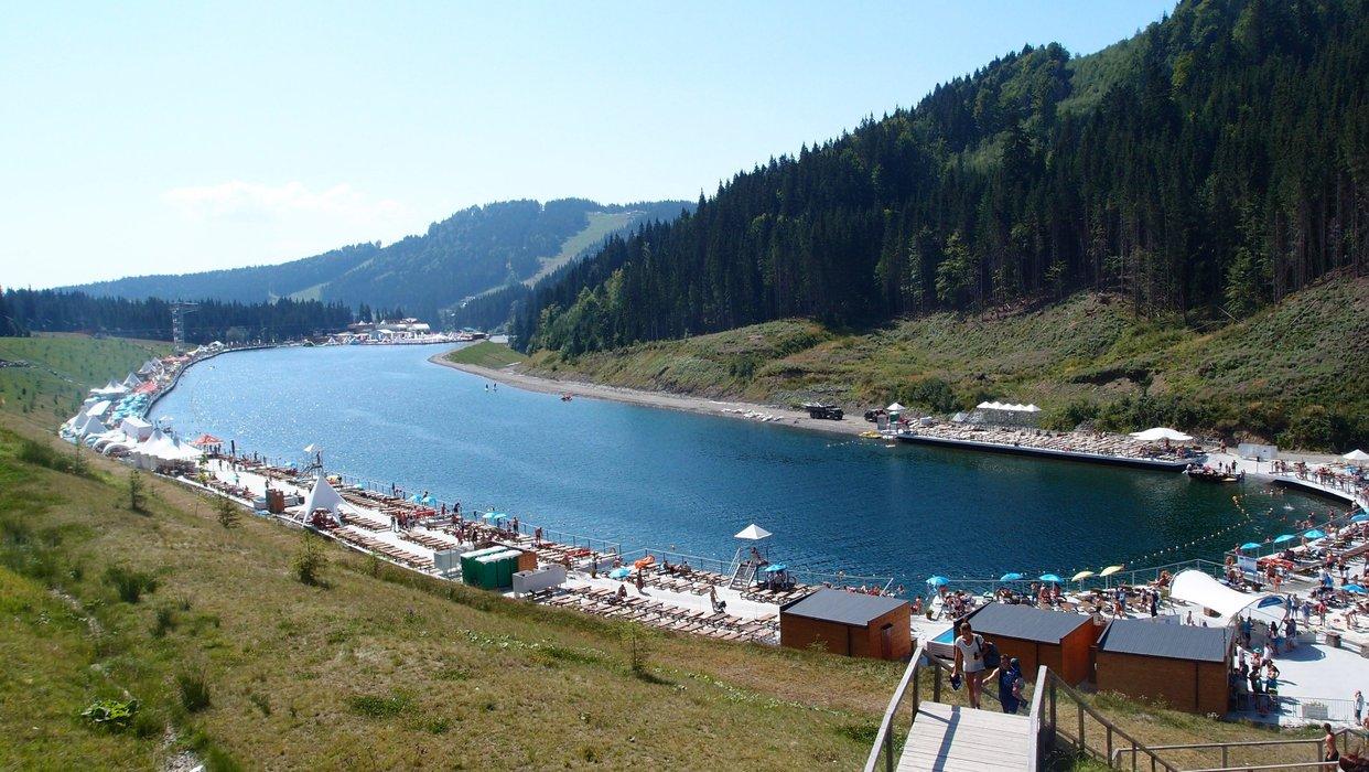 Molodist Lake