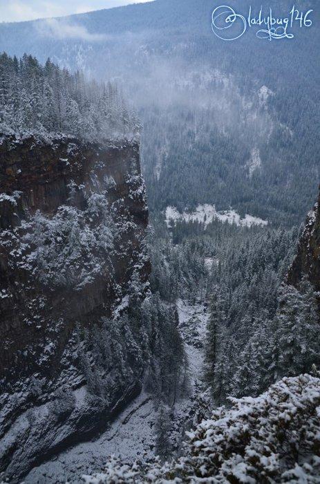 wells_gray_provincial_park_-_spahat_falls.jpg