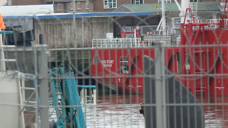 voss_start_offshore_versorgungs_schiff_cux_4_.jpg