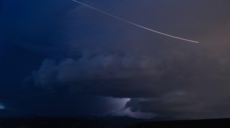comet802013_1920.jpg