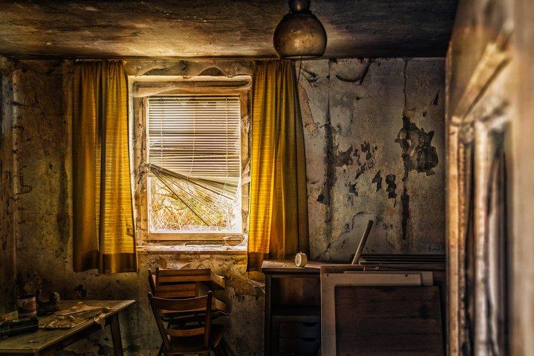 livingroom3035878_1920.jpg